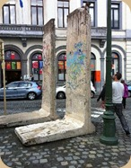 Parts of Berlin Wall shipped in